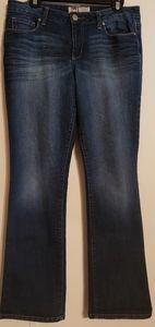 EUC LEI Ashley Slim Boot-Cut Skinny Sz13 Jeans